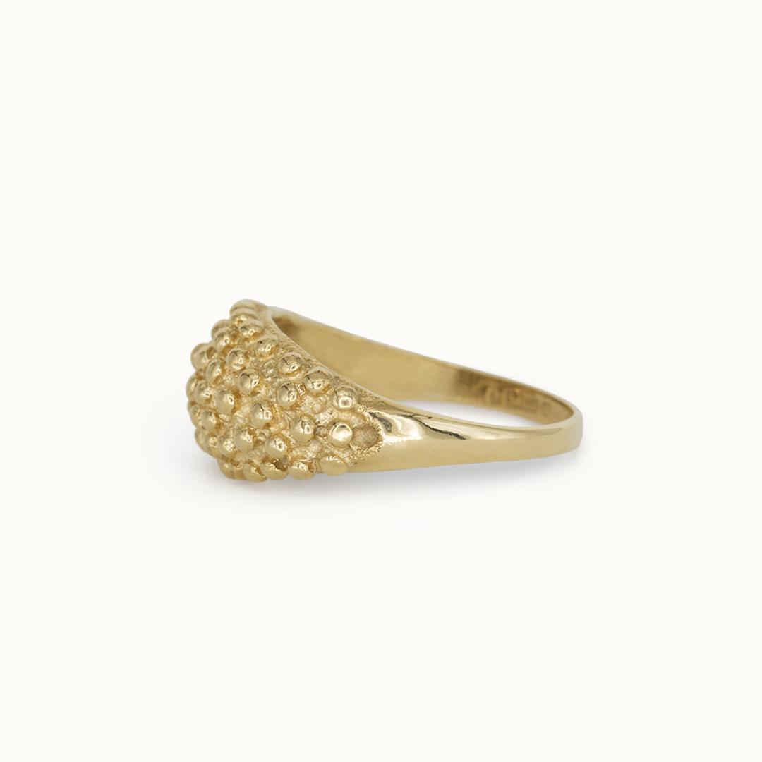 Mina | 9K Golden Details