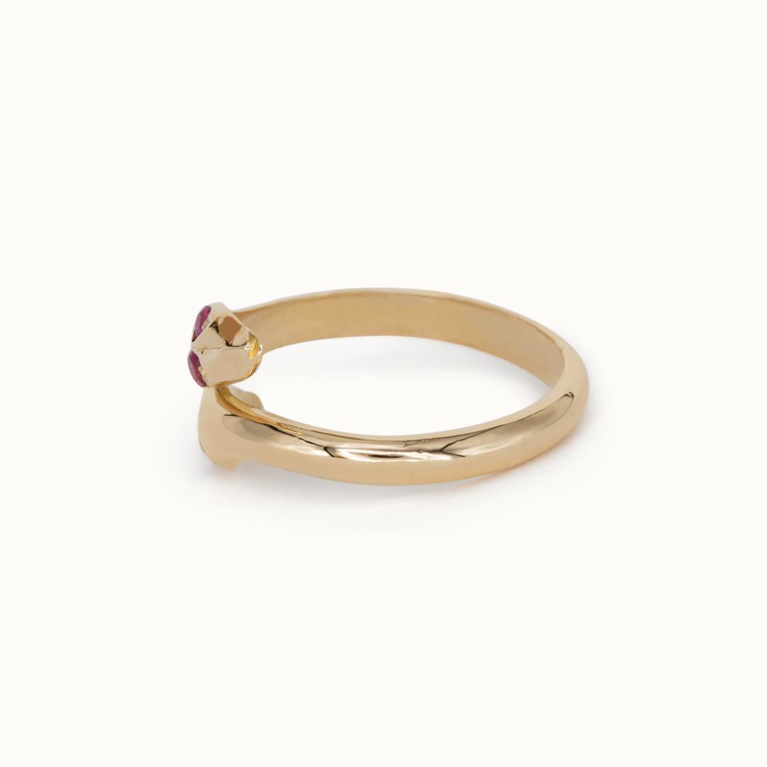 Yuna | 18K Snake Ring Ruby