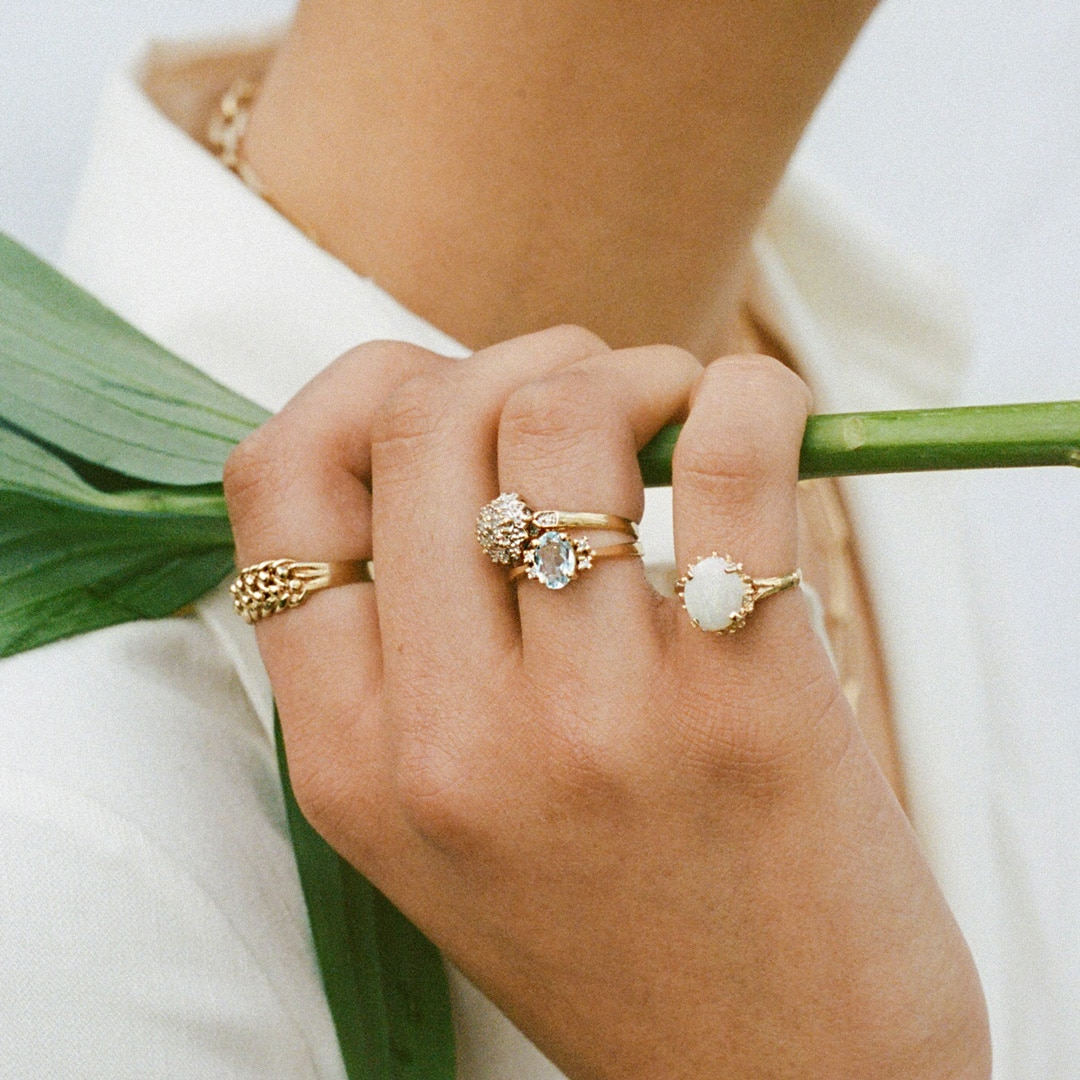 Brynn | 9K Knot Ring