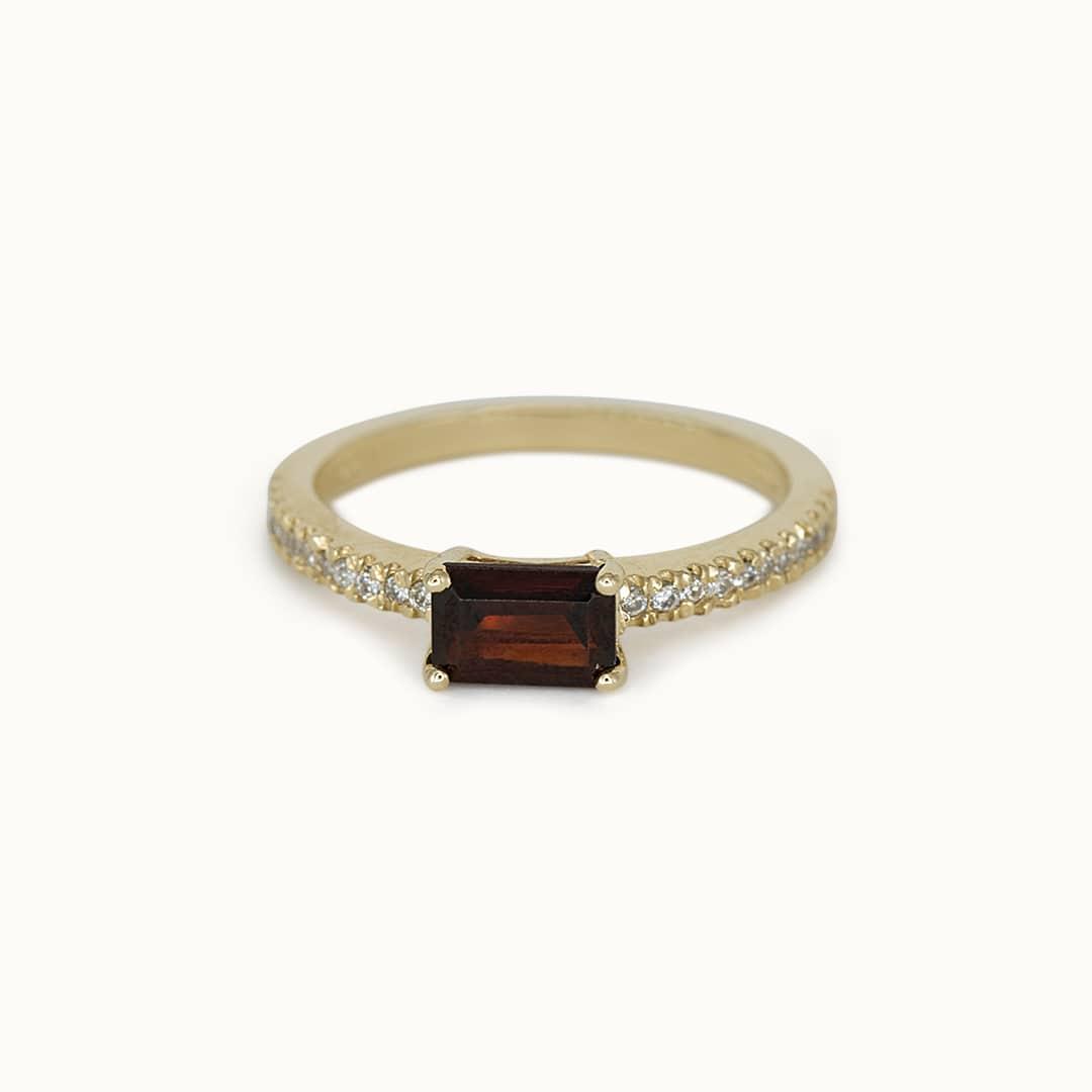 Livia   14K Garnet & Diamond
