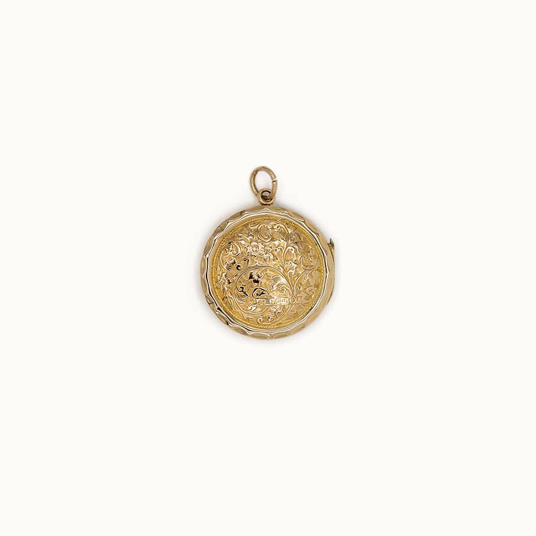 Bloss | 9K Hallmarked Engraved Locket