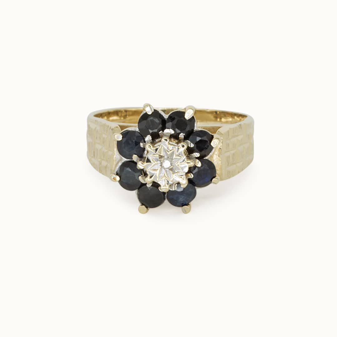 Ankla   10K Sapphire & Diamond